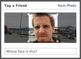 Facebook将自动识别出照片中的人脸,然后提示用户加上标签